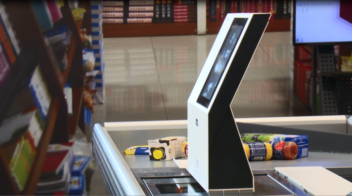 Self-service checkouts as solution for staff shortages in stores?